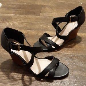 Vince Camuto Wedge heels sz.6.5 M